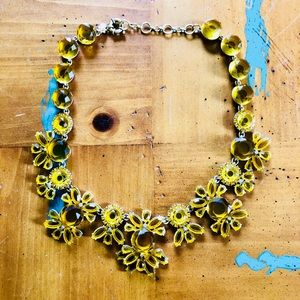Gorgeous J Crew Gold Flower🌼 Statement Necklace